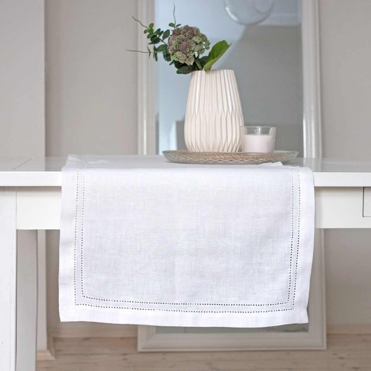 leinen tischl ufer hohlsaum elbla wei. Black Bedroom Furniture Sets. Home Design Ideas